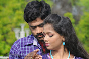 Nuvvena Adi Nivvena Movie Stills-thumbnail-4