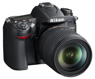 Nikon D7000 christmas deals-18-105mm-Len