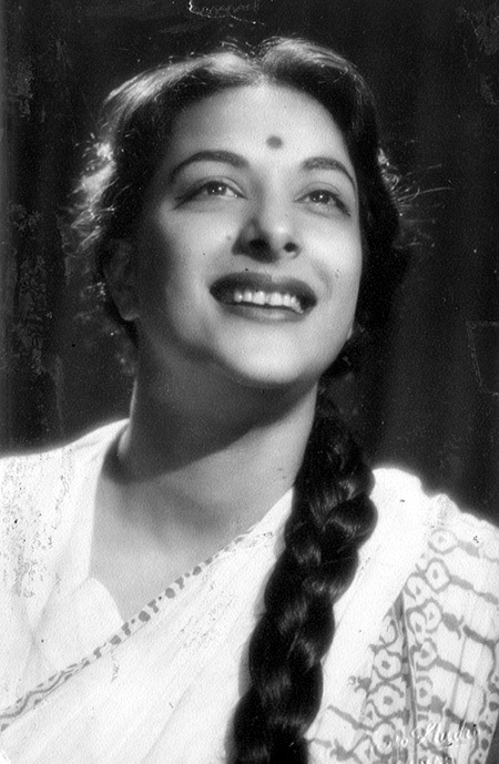 Nargis Various Photographs of Hindi Movie Actress Nargis 1940