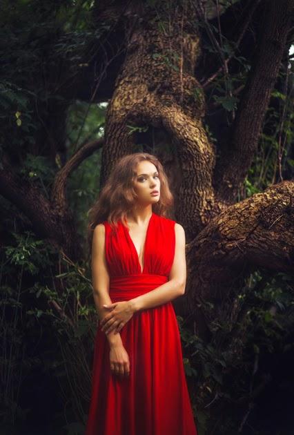 фотосессия девушки в красном платье
