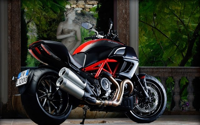 Ducati Daivel latest HD Bikes Wallpapers