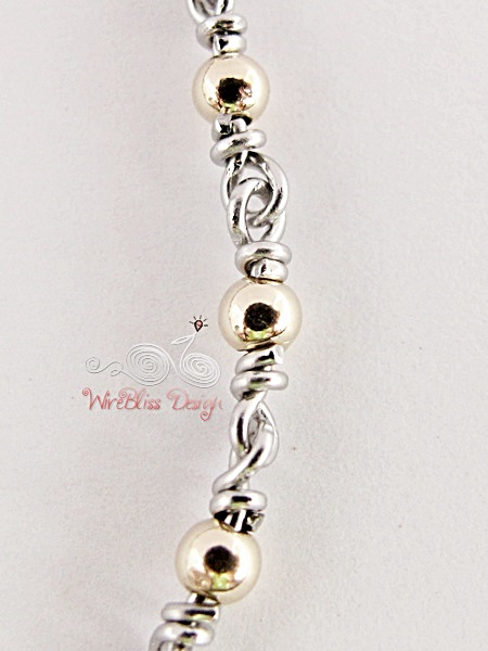 Minlet with goldfilled beads @WireBliss