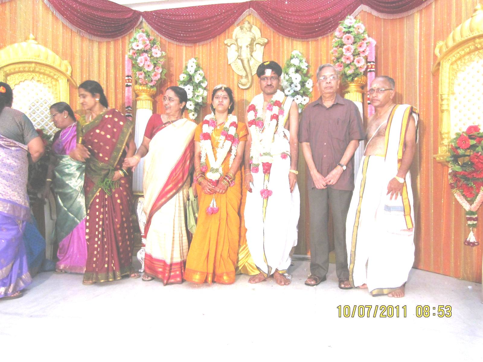 Velukkudi Krishnan Son Marriage http://rajappa-musings.blogspot.com/2011/07/trvgs-daughters-marriage.html