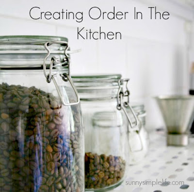 organizing the kitchen, organized kitchen