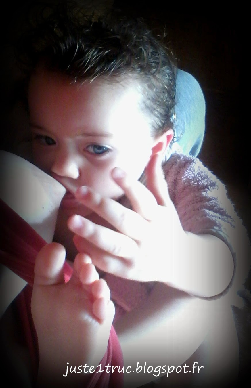 allaitement allaiter maternage proximal bambin téter tétée long