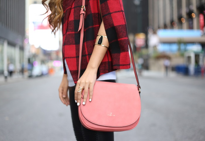 BB Dakota plaid capelet, Angela roi crossbody bag, blank denim moto pants, valentino rockstuds, kendra scott earrings, fashion blog, street style, nycblogger, fashion blog, fall fashion,shopbop sale