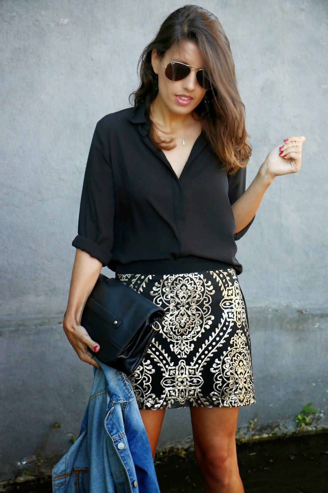 http://ilovefitametrica.blogspot.pt/2014/08/sparkling-skirt.html