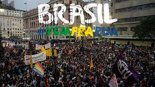 O Gigante Acordou - manifestos no Brasil contra a corrupção.