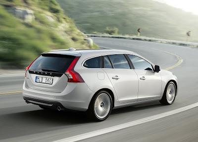 2011 Volvo V60 Wallpaper