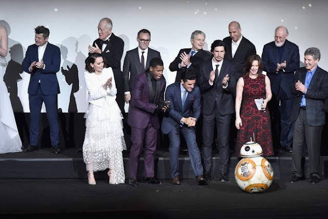 BB-8 Kicks In