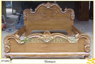 Tempat tidur ukiran kayu jati Monaco