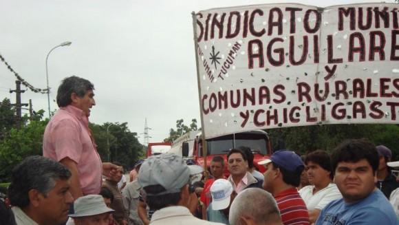 Los trabajadores muicipales del interior de Tucumán salen a la calle