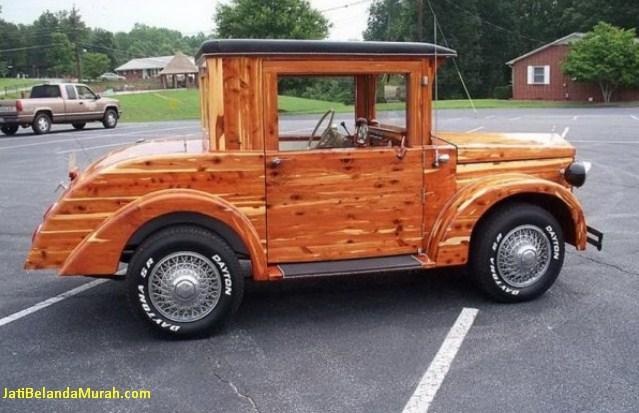 mobil kayu jati belanda