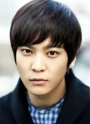 Biodata Joo Won pemeran tokoh Han Gil Ro / Han Pil Hoon