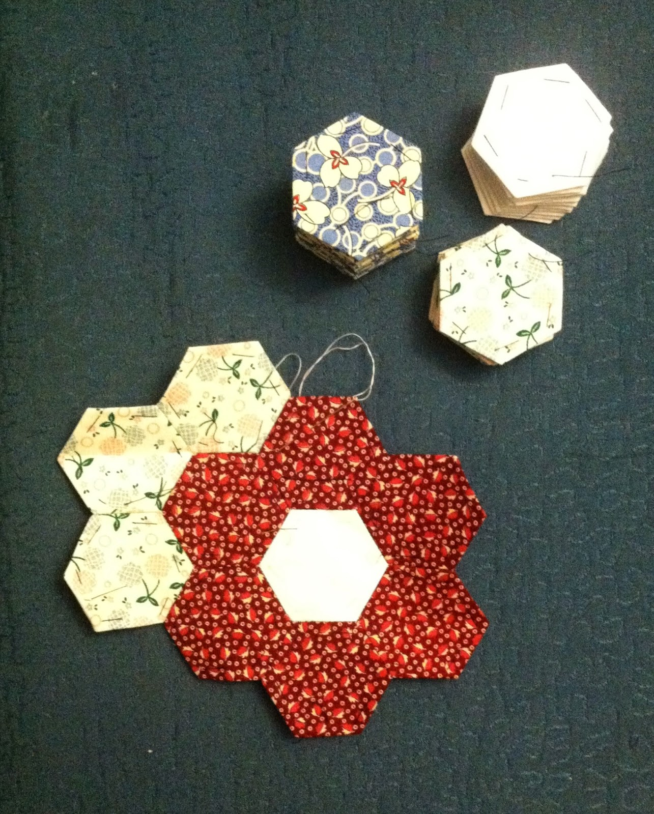 Hexagons - Grandmother's Flower Garden - Hand Piecing
