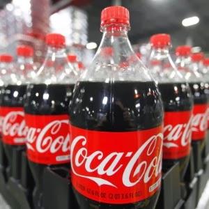 Coca-cola-logo-garrafas-de-coca-cola Cliques-Diversos