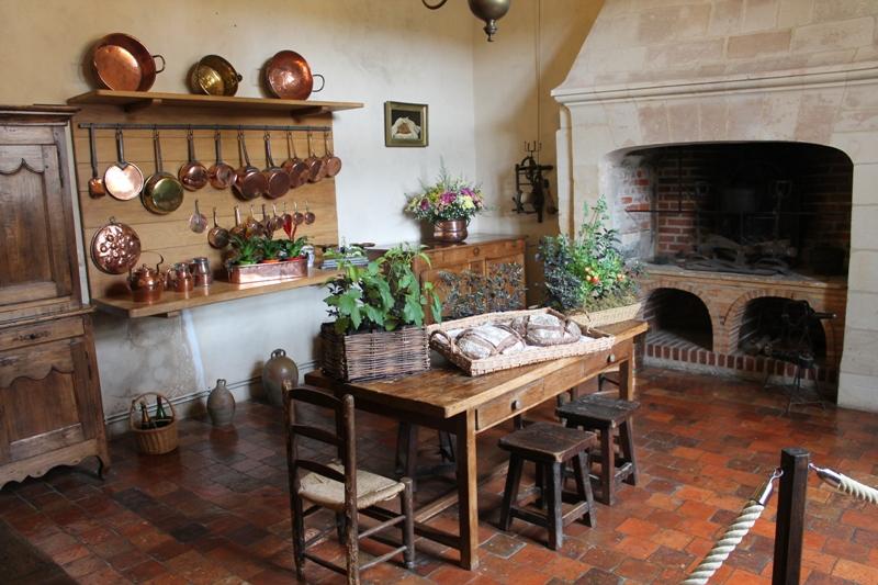 Bicitarianos en el loira villandry - Cocinas antiguas rusticas ...