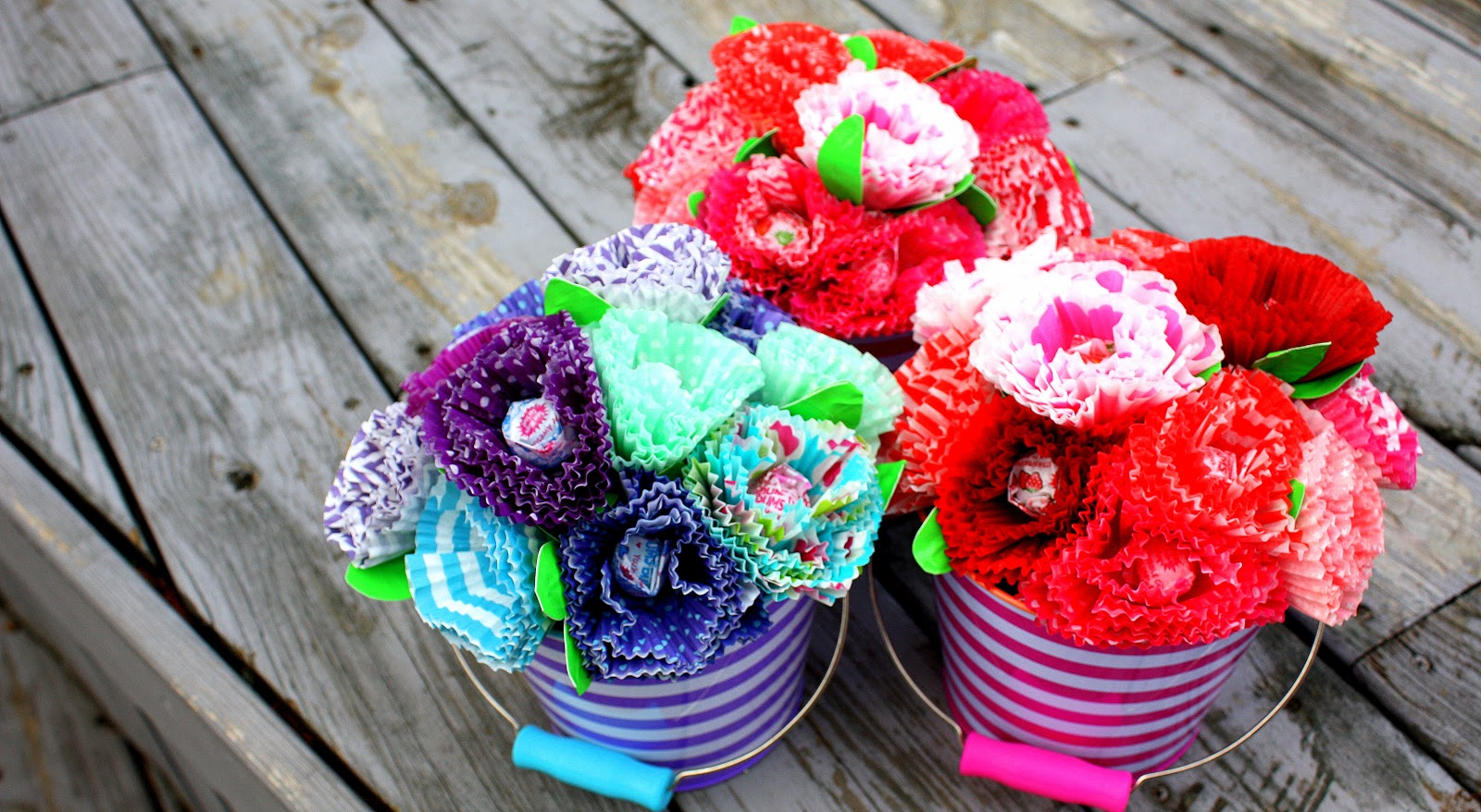 One ginormous adventure cupcake liner bouquet of flowers cupcake liner bouquet of flowers izmirmasajfo