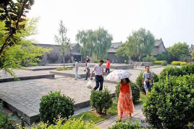 yamen courtyard
