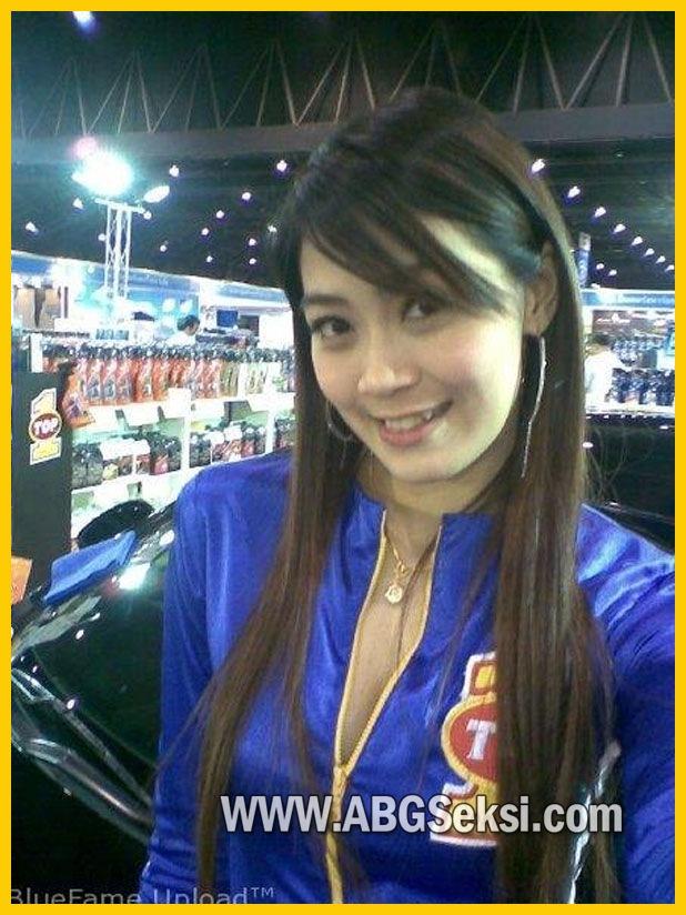 ... blogthis share to twitter share to facebook labels cewek cantik cewek