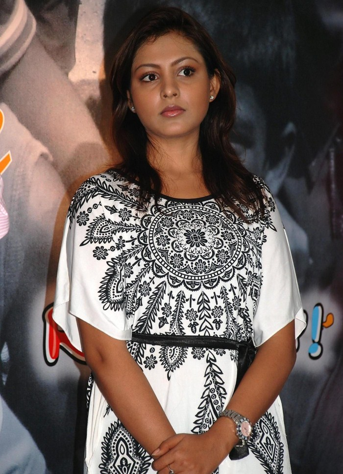 Funny Picture Actress Madhu Shalini Latest Stills Gallery