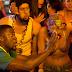 Confira o trailer legendado da comédia 'Padrinhos LTDA.'