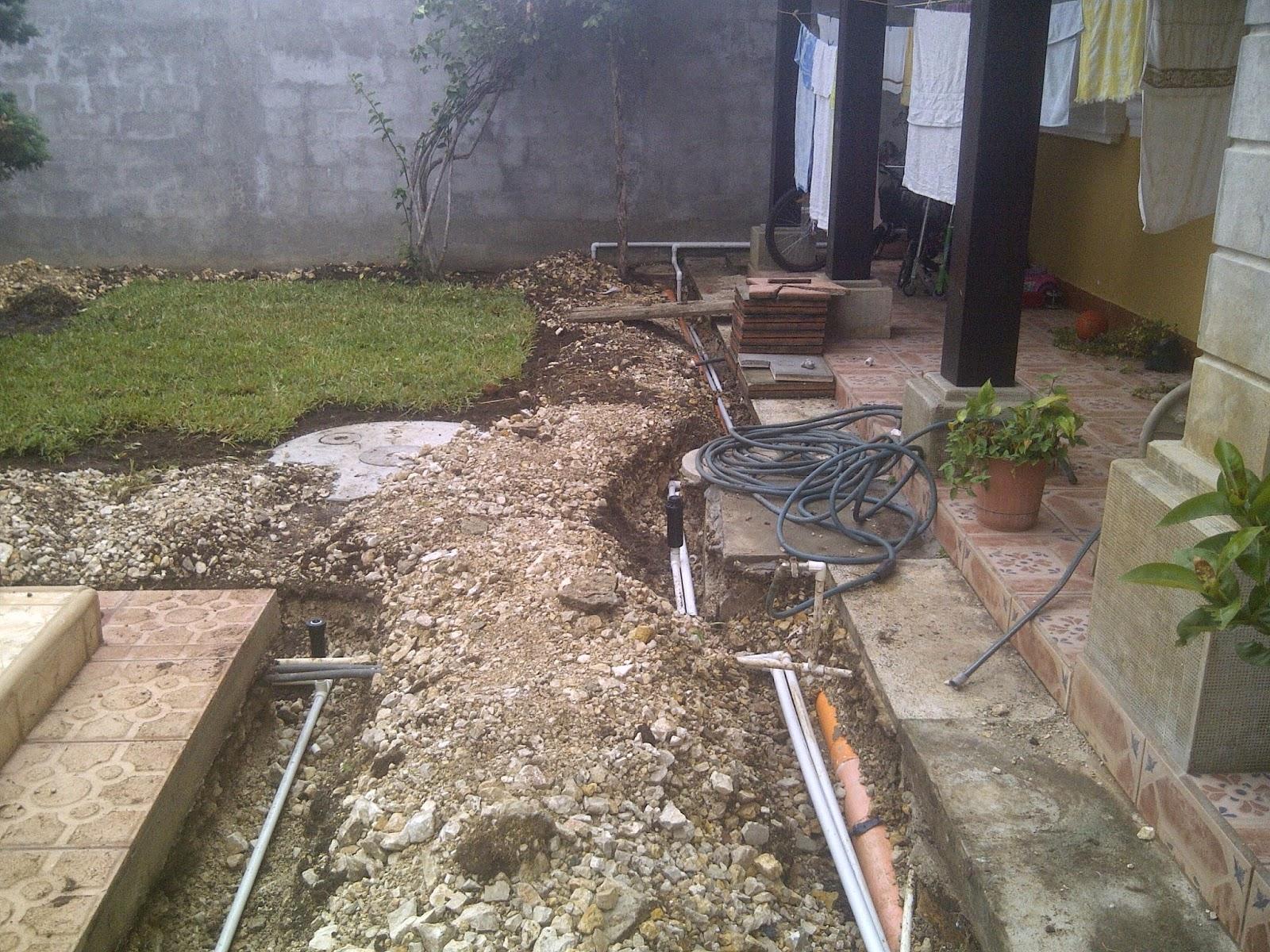 Bombas y riegos de guatemala sistema de aspersi n para jardin for Instalacion riego automatico jardin