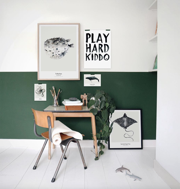 working corner with green wall at home of Maaike Koster artist/stylist