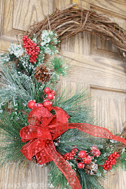 Decking the Halls Holiday Home Tour ~ Wreath