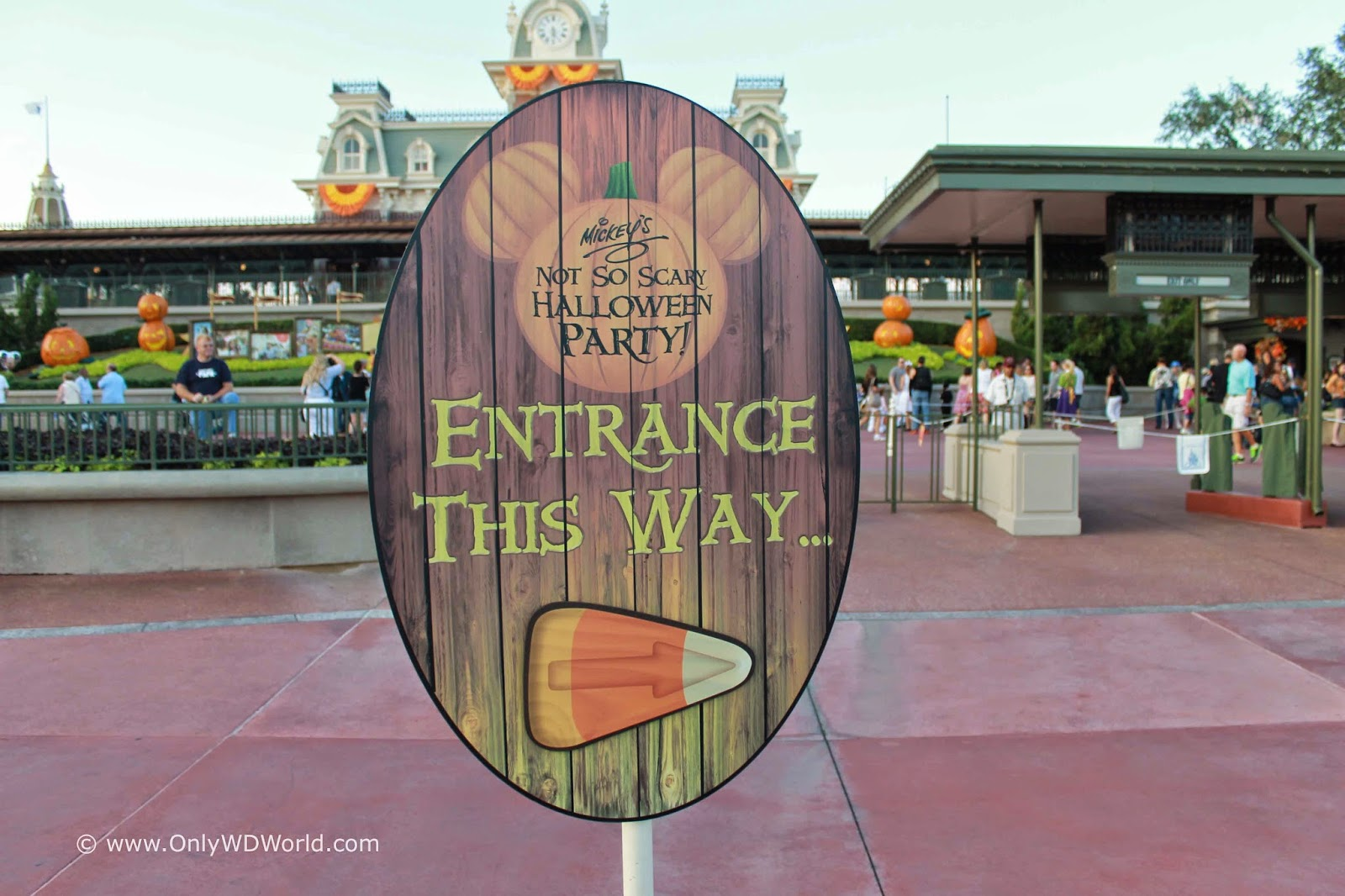 Celebrate Halloween At Mickey's Not So Scary Halloween Party ...