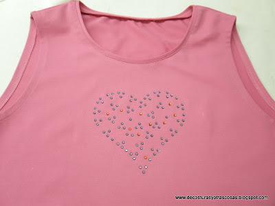 como-decorar-camiseta-con-swarovski