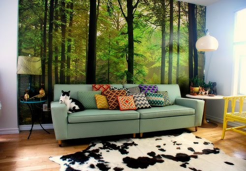 natural living room design with natural wall art