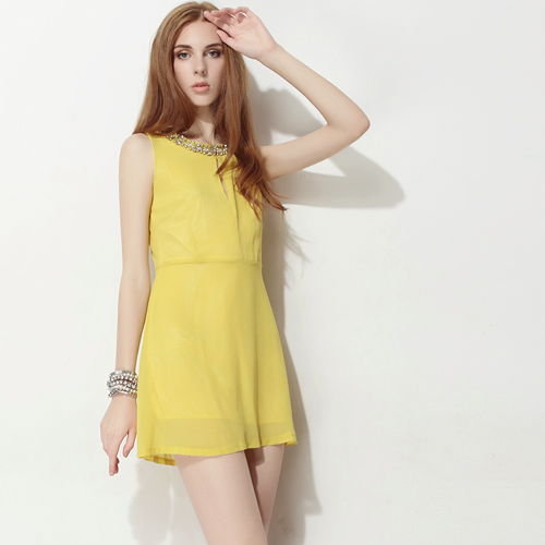 Jewel Neck Chiffon Sleeveless Dress