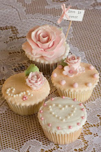 Vintage Cupcakes