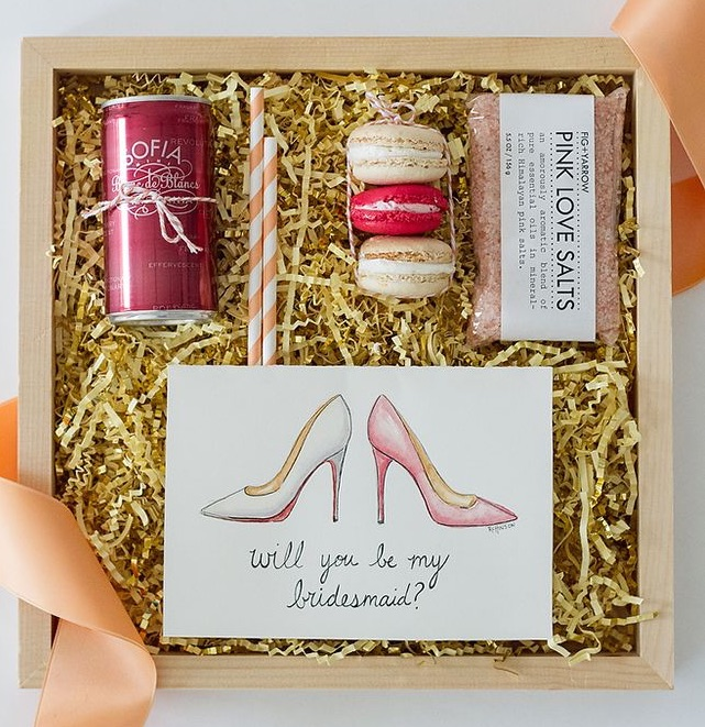 Hitched wedding planners singapore bridesmaid gift ideas for Gifts for bridesmaids from bride