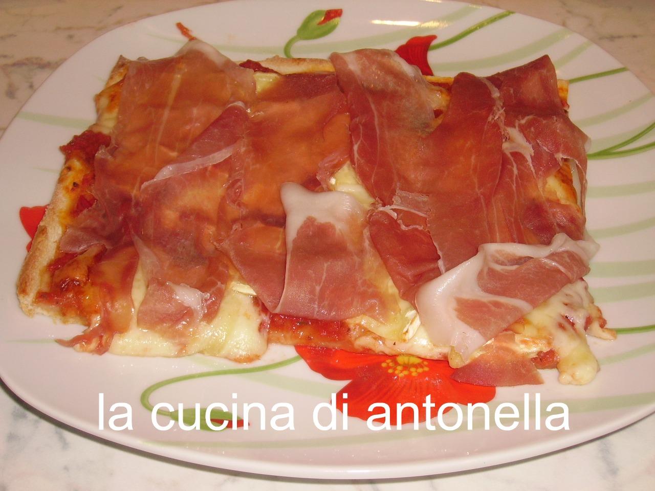 Pizza con farina manitoba da la cucina di antonella su - La cucina di antonella ...