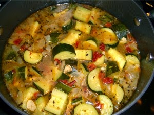 Zucchini soup romanian cuisine recipes cuisine romanian prep time 10 mins cook time 25 mins total time 35 mins forumfinder Image collections