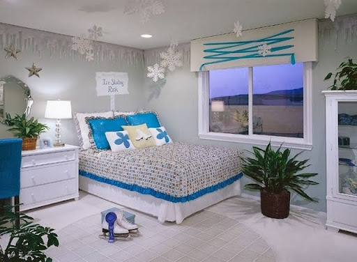 Decorate A Small Bedroom Room Decor Ideas Small Bedroom Design Ideas