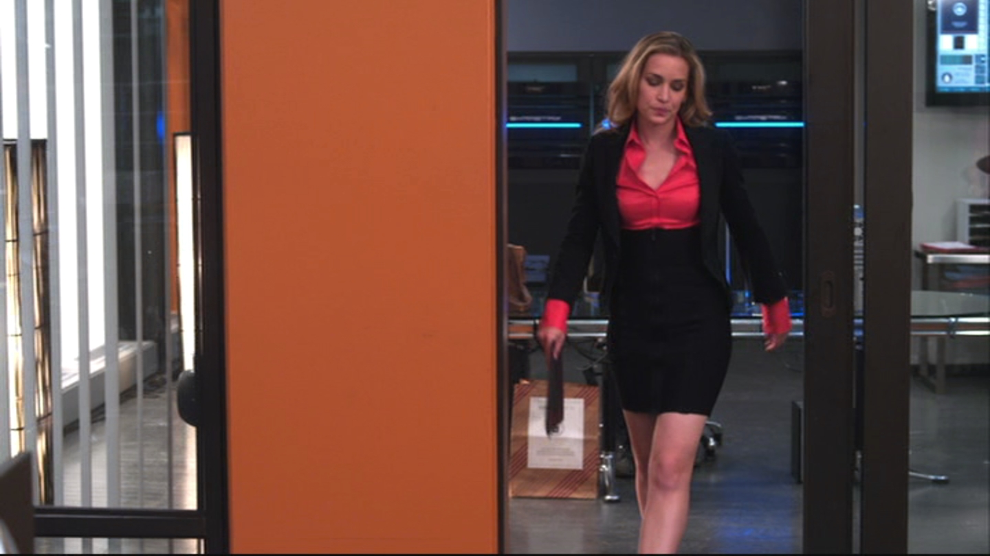 Ladies in Satin Blouses: piper perabo - red blouse under suit