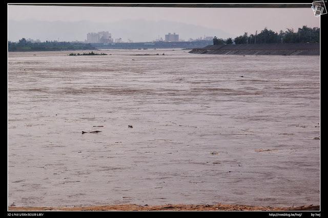 2013-07-13 蘇利颱風侵襲南投 這裡望去南投市,整個像在海上呢!