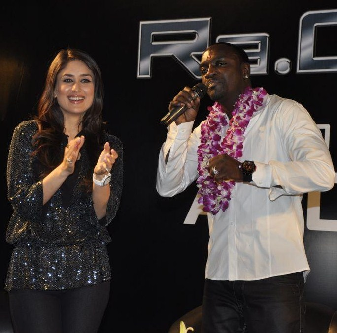 Akon and Kareena Kapoor