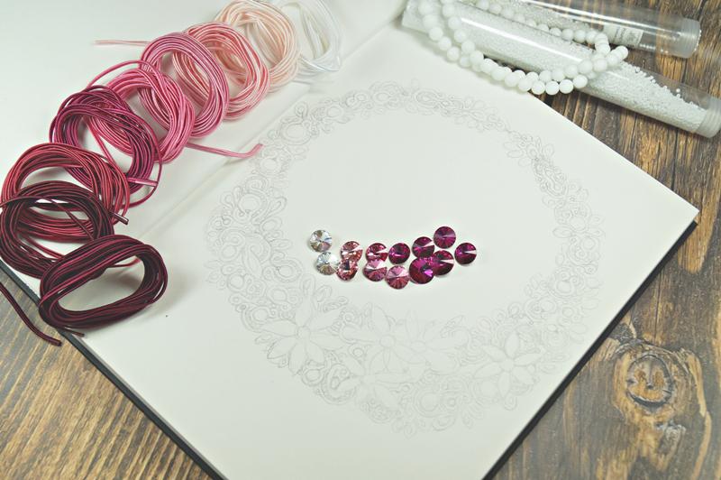 Ślubna kolia sutaszowa - Biżuteryjki dla WOŚP.