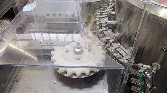 自制玻璃喷雾,用玻璃喷雾用玻璃,用氨基树脂和氨膜分离的玻璃