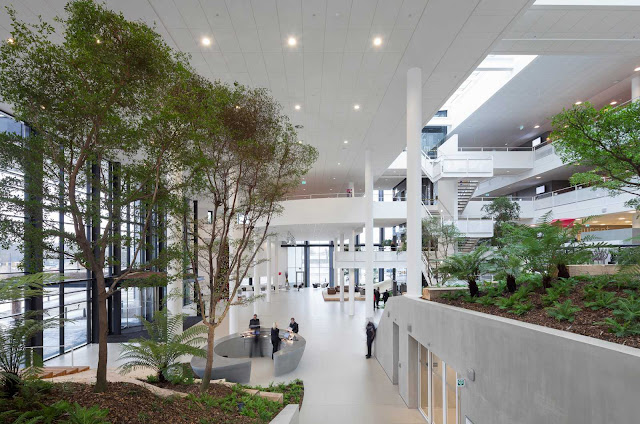 05-Conference-Center-by-ADP-Architects