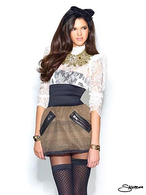 Kendall Jenner Portfolio on Kendall Jenner   S Newest Modeling Shoot  High Fashion For Fall