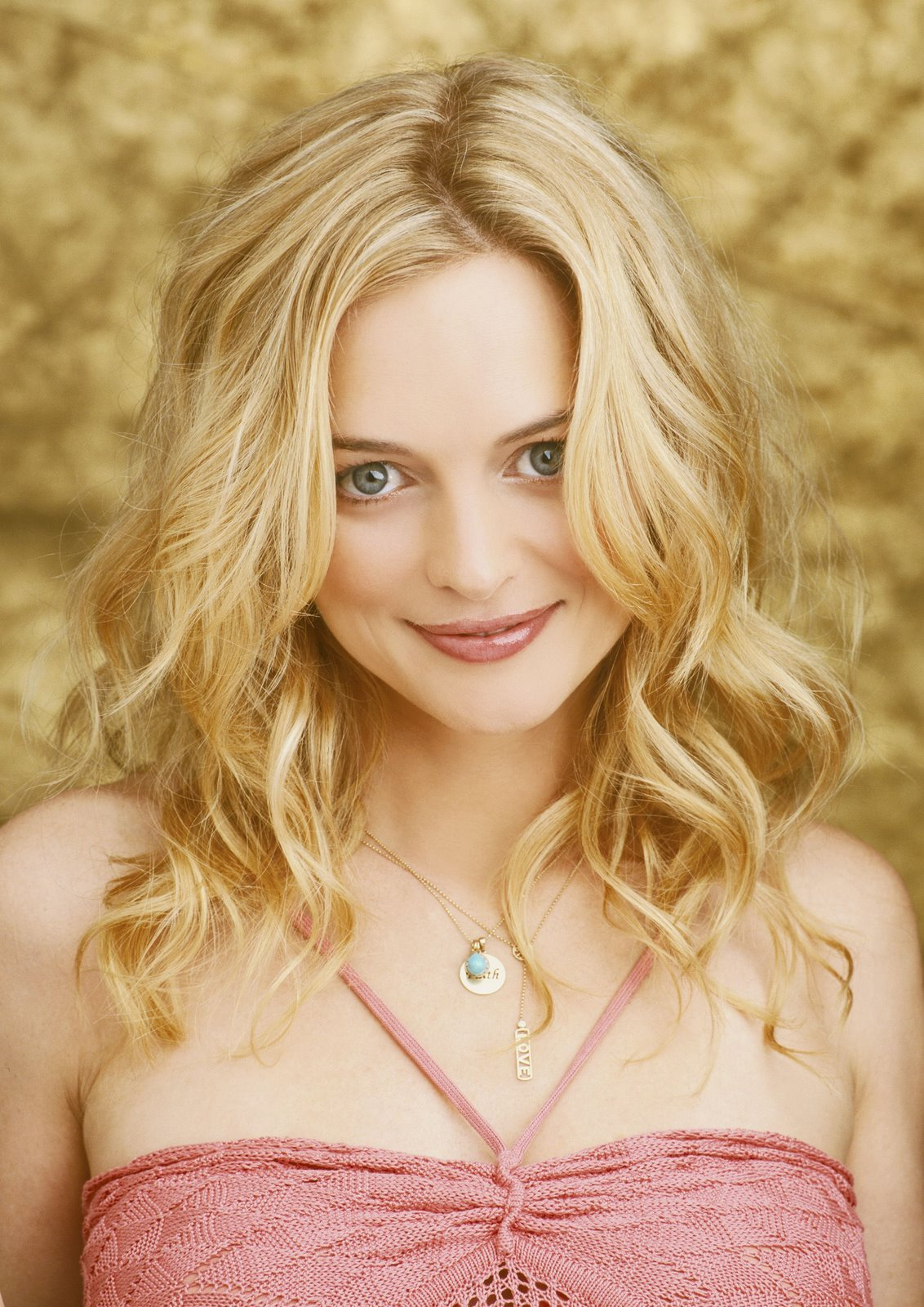 Heather Graham - Wallpaper Gallery