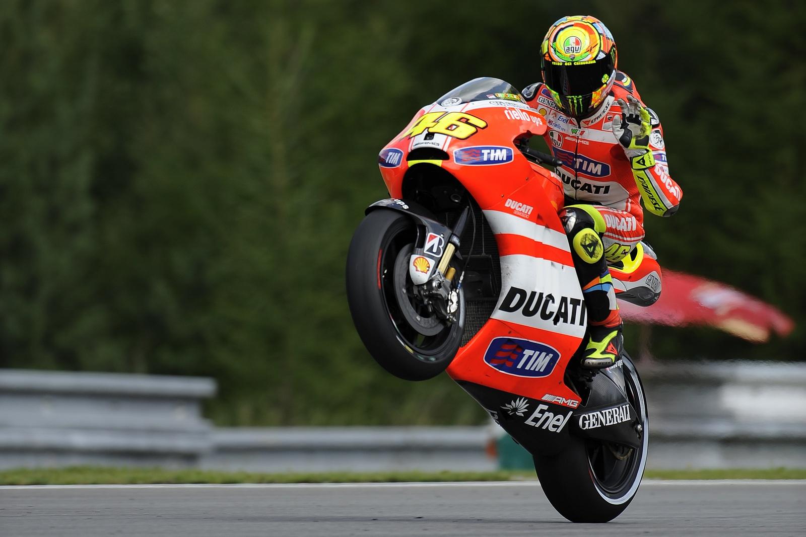 http://3.bp.blogspot.com/-SJ70QOtlFEk/TrWU6BbfrmI/AAAAAAAAGao/qBjL-_wMtVQ/s1600/valentino-rossi-ducati-motogp-wheelie.jpg