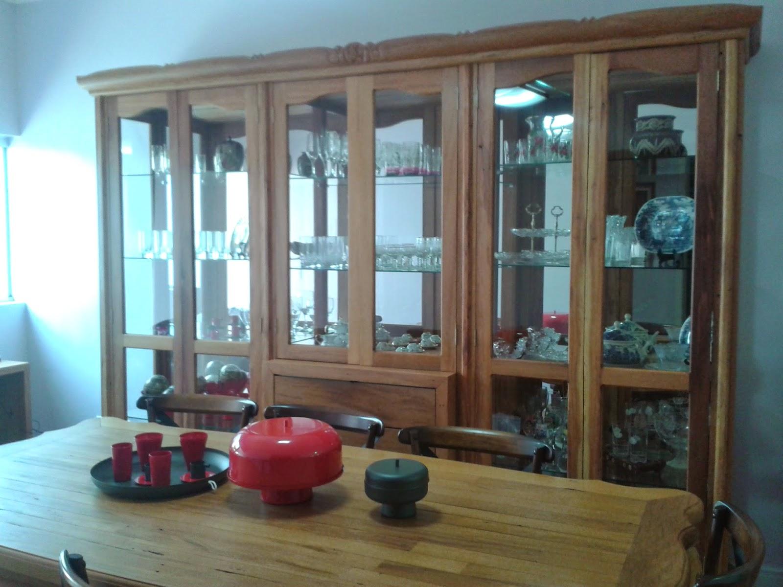 Urbanismo : Sala de Jantar com Cristaleira em madeira de demolição #10ABBB 1600x1200