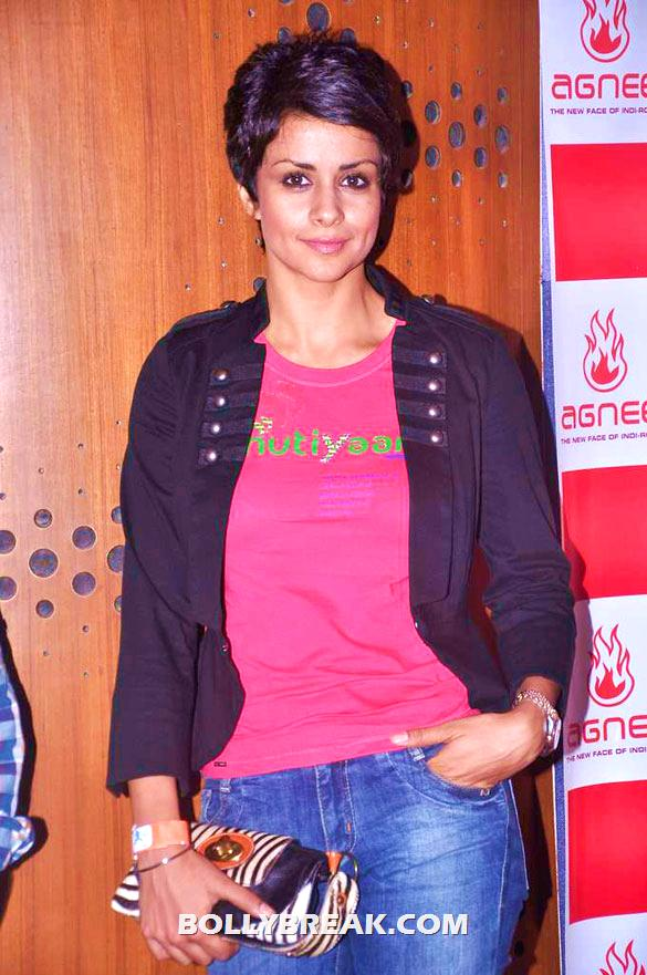 Gul Panag - (17) - Gul Panag, Mrinalini Sharma and others at Agnee's Bollywood debut gig