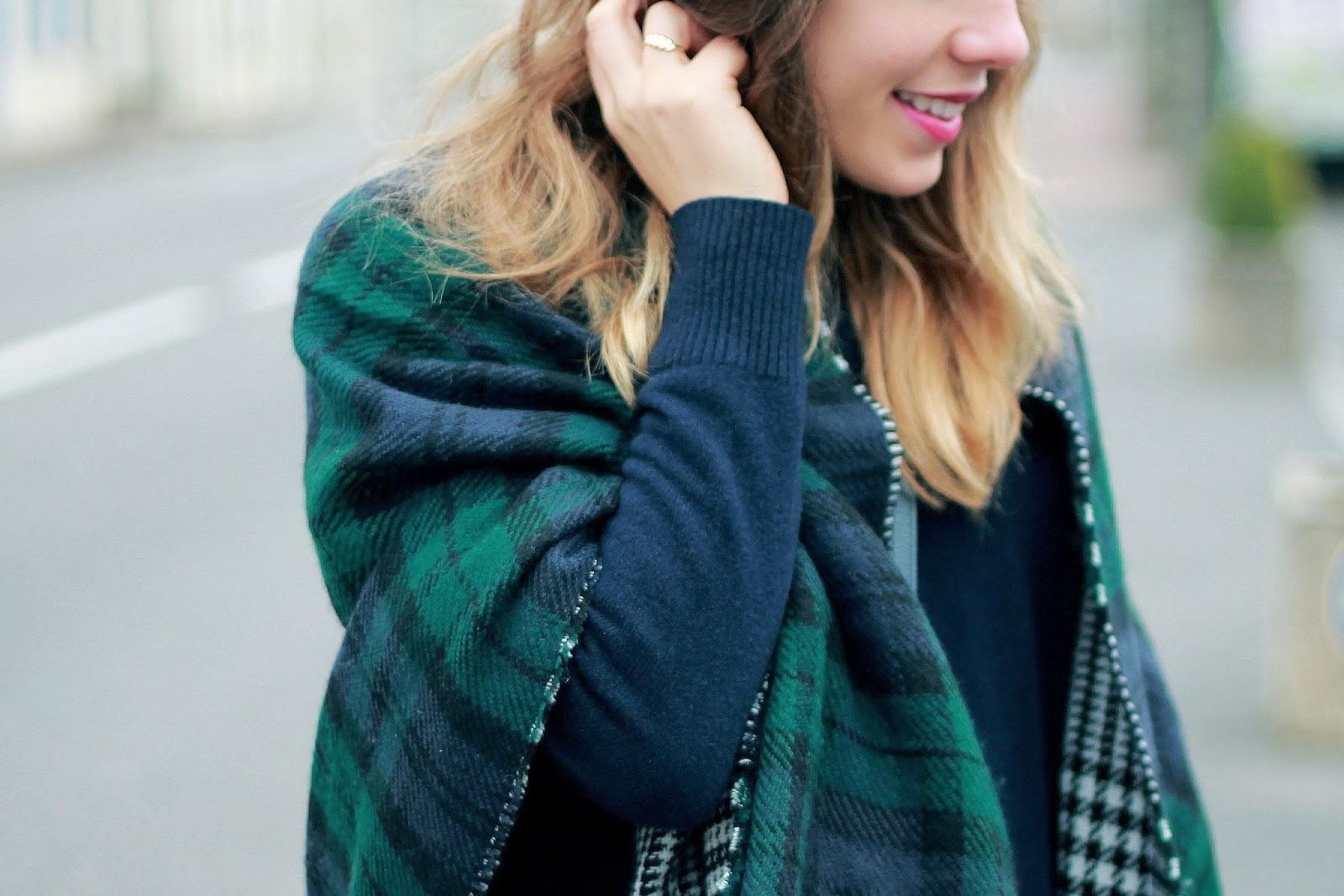 écharpe à carreaux bleu vert